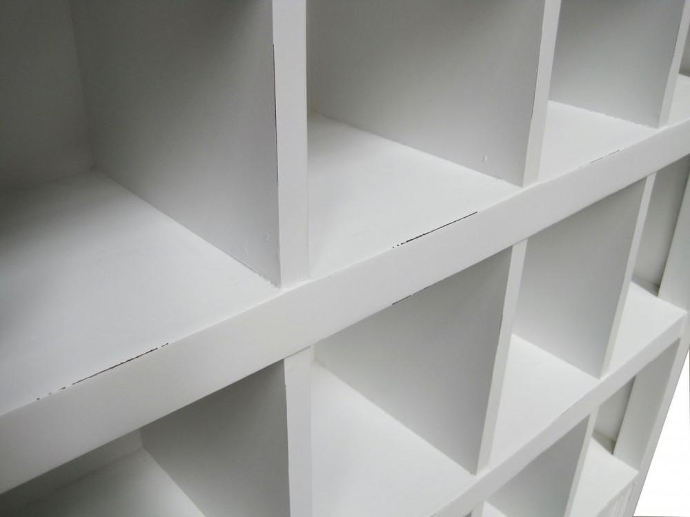 regal schrank f r cd und dvd im landhausstil schrank wei. Black Bedroom Furniture Sets. Home Design Ideas