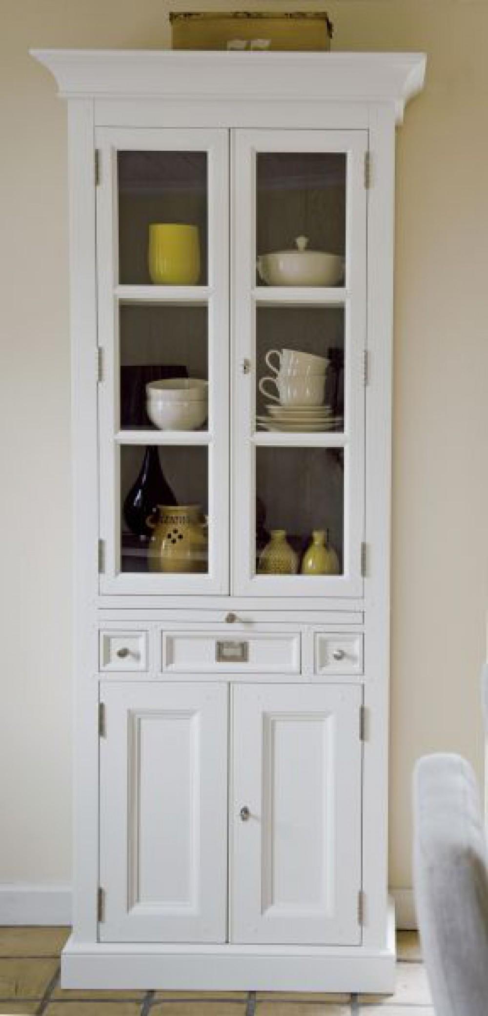 vitrine wei im landhausstil geschirrschrank wei braun breite 88 cm vitrinen. Black Bedroom Furniture Sets. Home Design Ideas