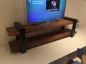 TV Regal grau-Naturholz, Lowboard Industrie, Fernsehschrank Industriedesign grau, Breite 150 cm