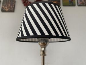 Lampenschirm gestreift schwarz-weiß, Lampenschirm rund gestreift, Durchmesser 20 cm