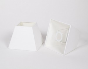 Lampenschirm quadratisch, Farbe Weiß,  Maße 17 x 17 cm