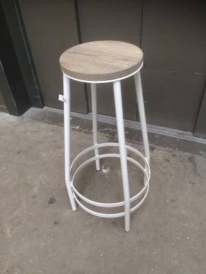 Barhocker Metall-Gestell, Tresenhocker  Farbe weiß, Sitzhöhe 74 cm