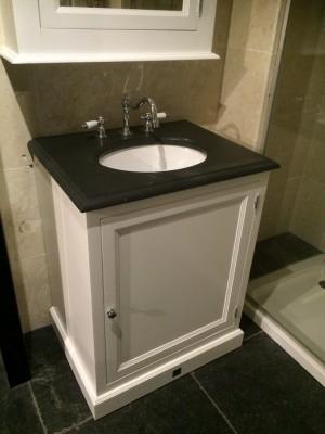 Waschtisch im Landhausstil,  Farbe weiß-anthrazit, Breite 72 cm