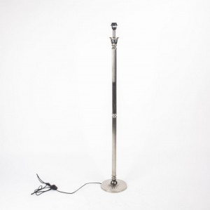 Lampenfuß für eine Stehleuchte, Farbe Chrom, Höhe 140 cm