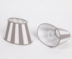 Gestreifter Lampenschirm klassisch, Taupe-Weiß gestreift, oval 20 cm