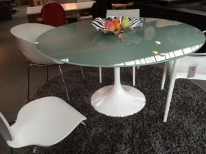 Runder Glastisch, Esstisch weiß, Konferenztisch weiß, Tisch modern, Durchmesser  140 cm