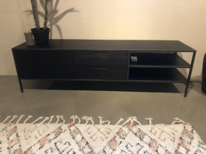 TV Regal schwarz, Fernsehschrank schwarz, TV Schrank schwarz Metall Holz, Breite 160 cm