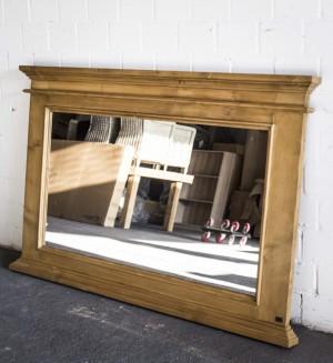 Spiegel Antik braun im Landhausstil,  Massivholz, Maße 150 x 95 cm