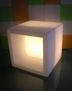 Design Regal Elemet Open Cube klein, leuchtend